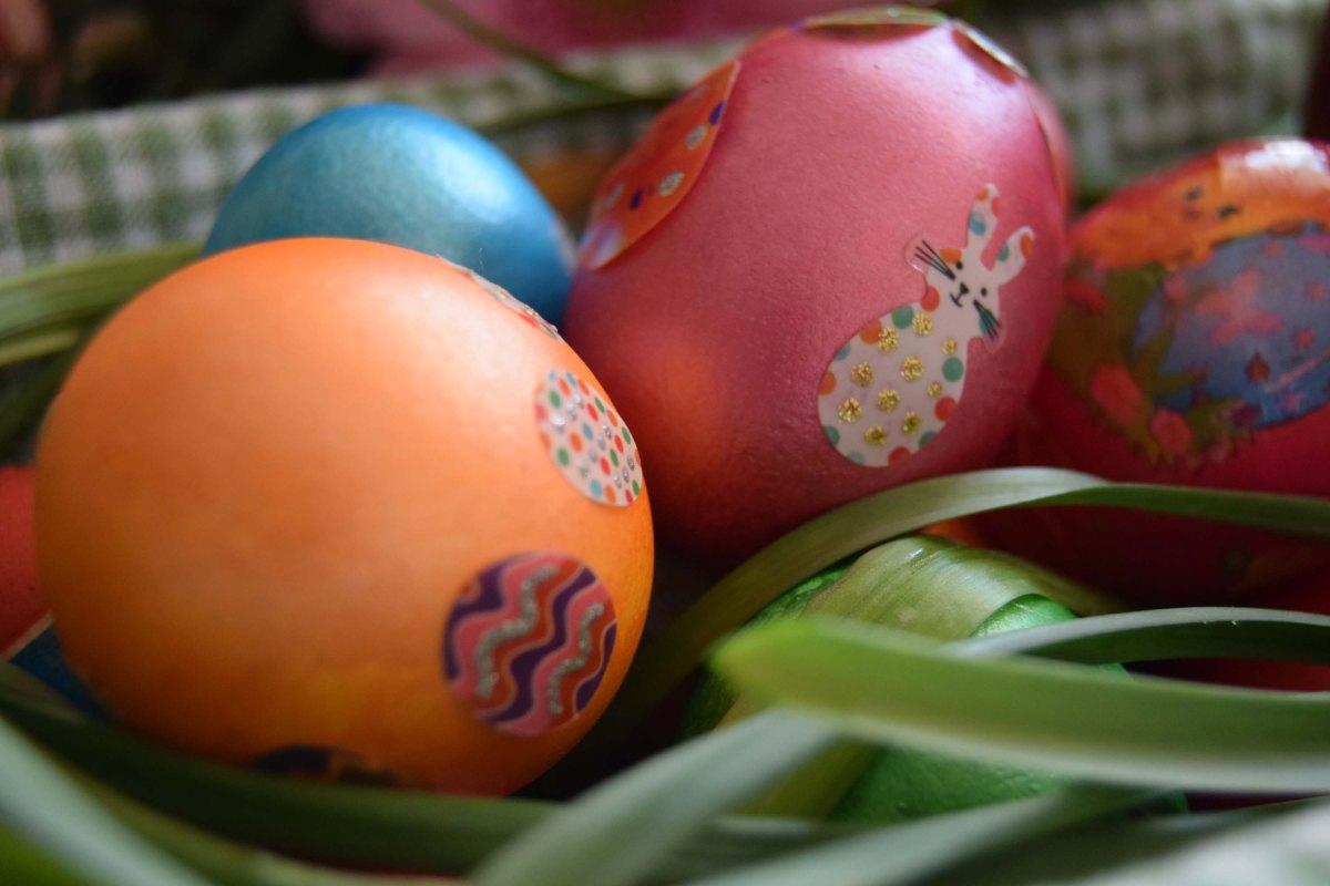 La Pascua / Pastele/Easter